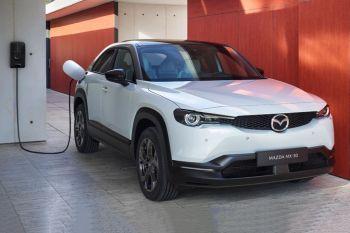 Mazda MX-30 e-Skyactiv Ambition
